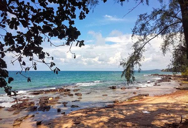 Bình yên trên bãi biển Ông Lang (Kiên Giang)