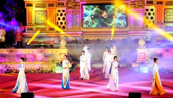 """Nhiều hoạt động đặc sắc trong chương trình lễ hội """"Đà Nẵng - Chào năm mới 2021"""""""