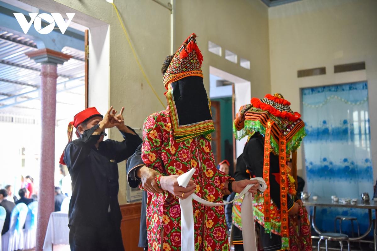 Độc đáo đám cưới của người Dao Lô Gang (Thái Nguyên)
