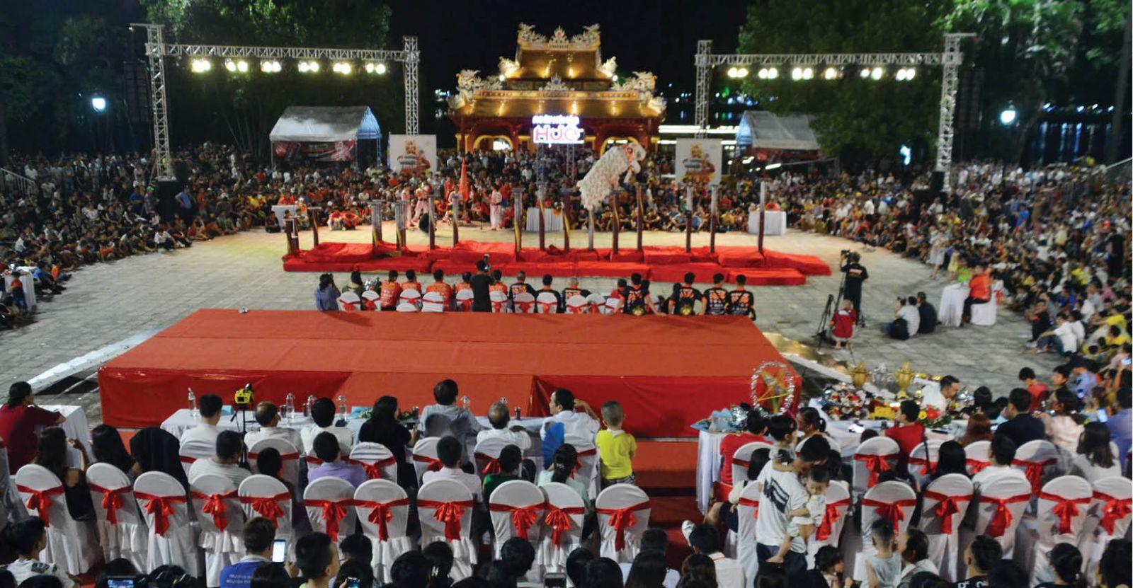 Thừa Thiên Huế: Tạo điểm nhấn thu hút khách bằng sự kiện, lễ hội