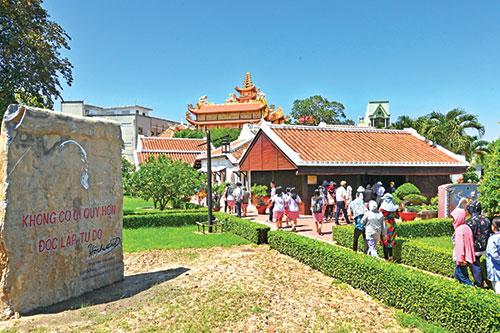 Du lịch Bình Thuận: Định vị thương hiệu từ tiềm năng phong phú
