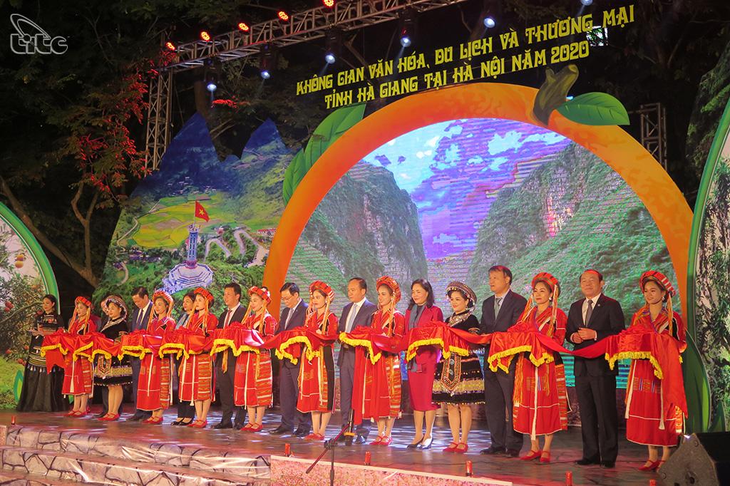 Trải nghiệm không gian văn hóa du lịch Hà Giang giữa lòng Thủ đô
