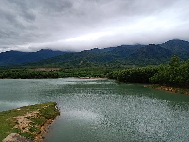 Biếc xanh hồ Suối Đuốc, Bình Định