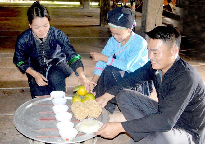 Lễ cúng Hồn lúa của người Dao ở Tuyên Quang