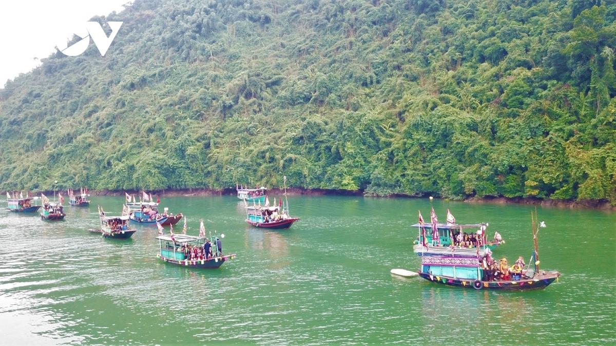 Độc đáo Lễ hội Bàn Vương của người Dao ở Quảng Ninh