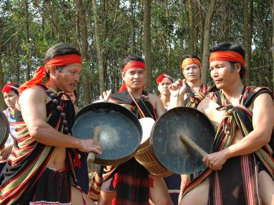 Lục lạc đồng của các dân tộc trên dải Trường Sơn