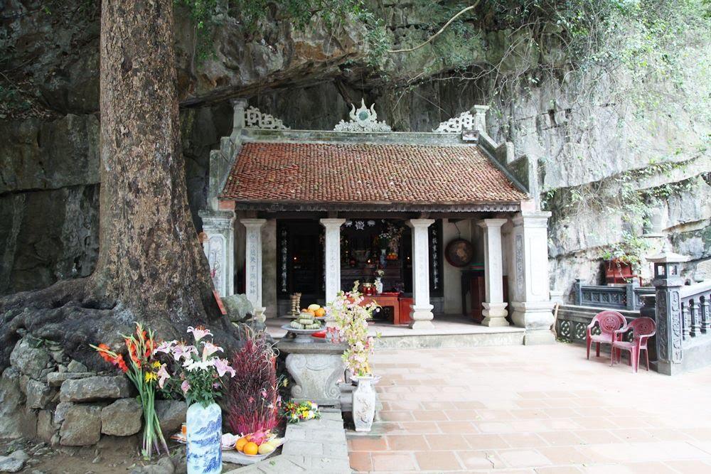 Phủ Khống- điểm du lịch Ninh Bình