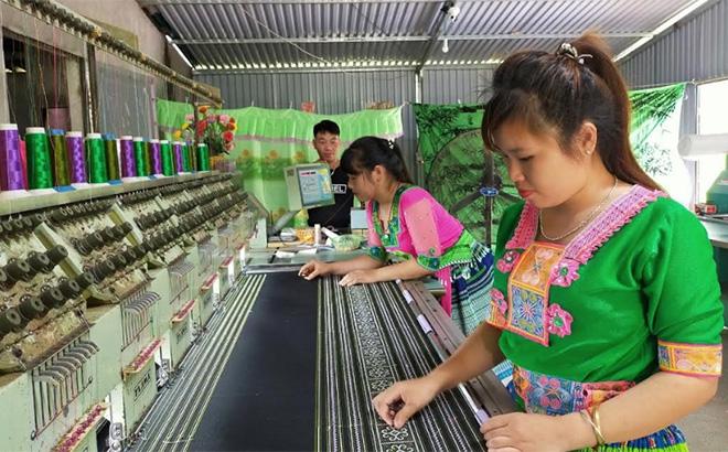 Trấn Yên ở Yên Bái giữ gìn bản sắc văn hóa các dân tộc