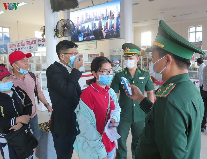Quảng Ngãi: Kiểm soát chặt khách du lịch ra đảo Lý Sơn