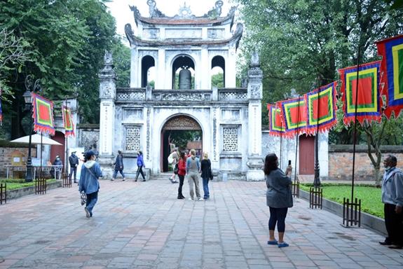 Các di tích, danh lam thắng cảnh tại Hà Nội mở cửa đón khách trở lại