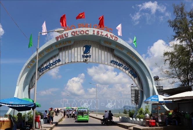 Kiên Giang: Đảo ngọc Phú Quốc xây dựng kịch bản đối phó với virus Corona
