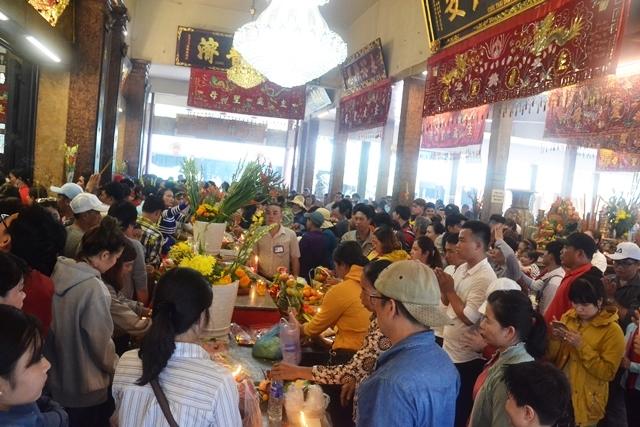 An Giang: TP Châu Đốc vẫn thu hút du khách trong mùa dịch
