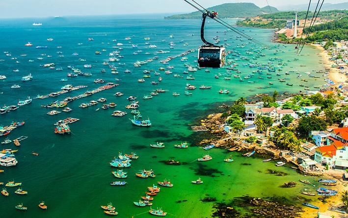 Năm 2019, du lịch Việt Nam tăng trưởng mạnh mẽ, vượt qua Indonesia, đứng vị trí thứ 4 trong khu vực về lượng khách quốc tế đến