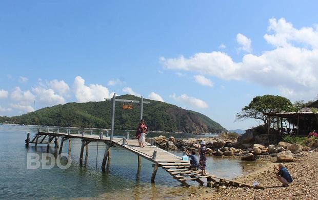 Kỳ thú biển đảo Sông Cầu (Phú Yên)