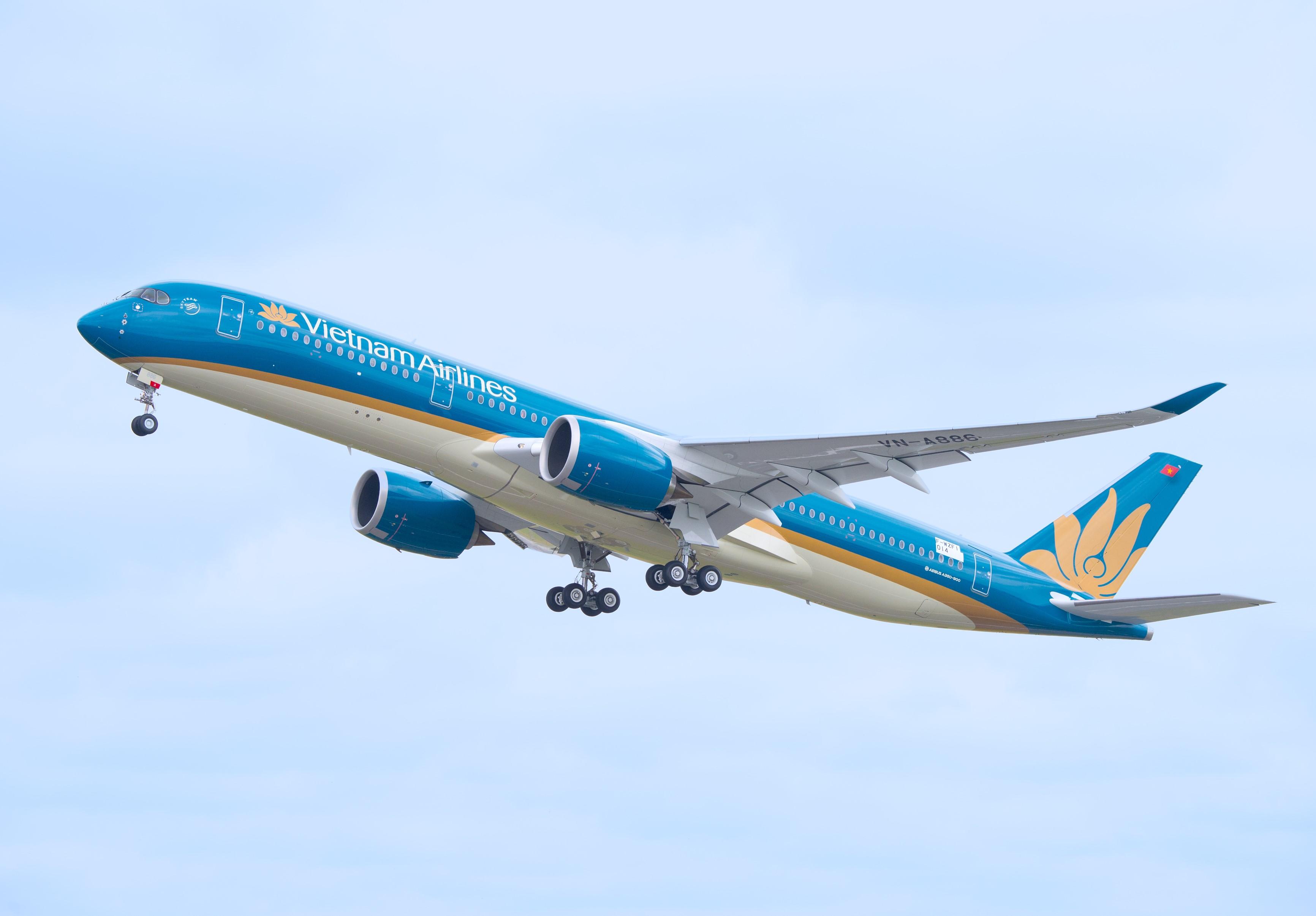 Vietnam Airlines vận chuyển hành khách đảm bảo đủ điều kiện xuất nhập cảnh và sức khỏe từ Châu Âu về Việt Nam