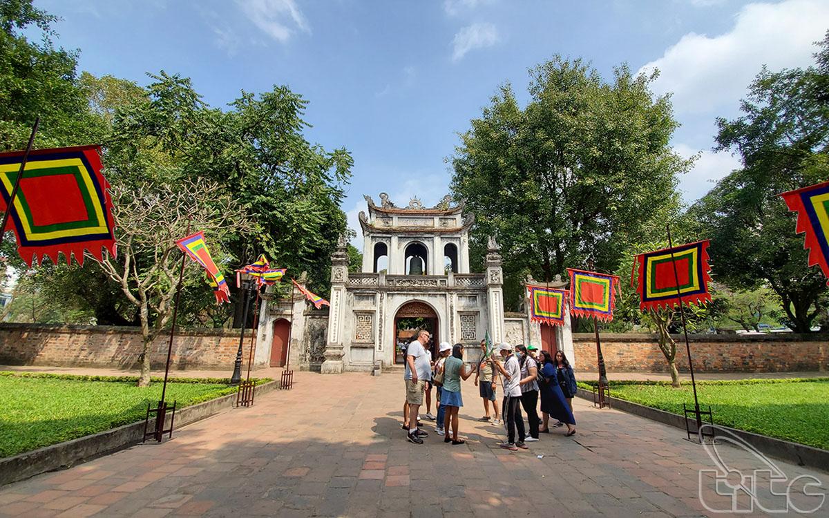 Nhiều điểm di tích - văn hóa lịch sử của Hà Nội tạm dừng đón khách đến hết ngày 31/3