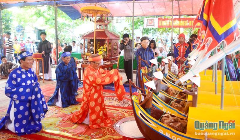 Quảng Ngãi: Lễ khao lề thế lính Hoàng Sa chỉ tổ chức phần lễ chính