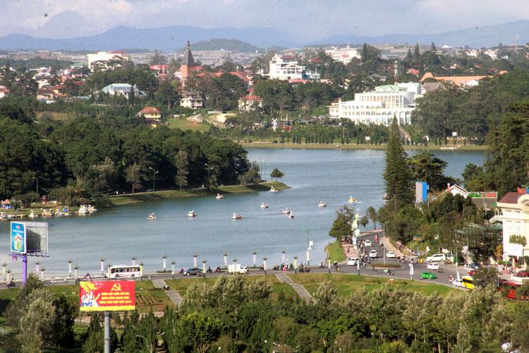 Lâm Đồng: Quản lý và phát triển du lịch bền vững