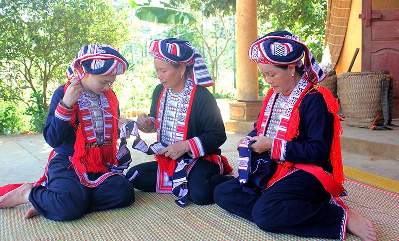 Tuyên Quang: Giữ gìn, phát huy sắc màu văn hóa các dân tộc