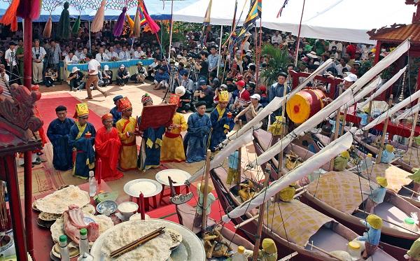 Lý Sơn (Quảng Ngãi) – Di sản văn hóa và địa chất