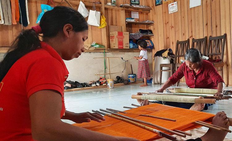 Bảo tồn và phát triển văn hóa thổ cẩm ở Lâm Đồng