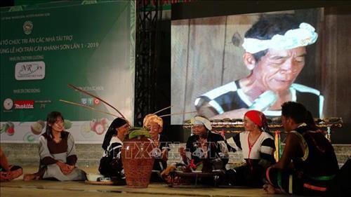 Khánh Hòa: Bảo tồn, phát huy trang phục truyền thống các dân tộc thiểu số Việt Nam