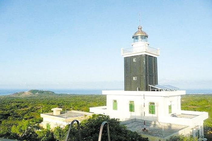 Khám phá hải đăng Phú Quý (Bình Thuận)
