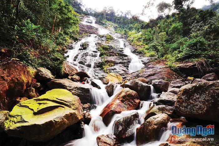 Du lịch miền núi Quảng Ngãi: Cần đánh thức tiềm năng