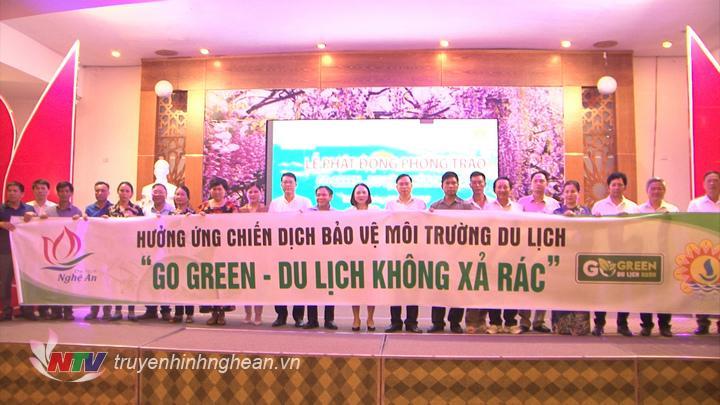 """Nghệ An: Phát động phong trào """"Go Green - Du lịch không xả rác"""" năm 2020"""