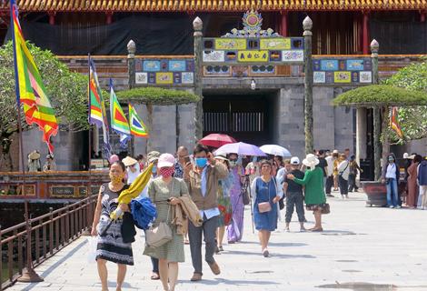 Di tích Huế đón hơn 22 nghìn lượt khách đến tham quan dịp nghỉ lễ