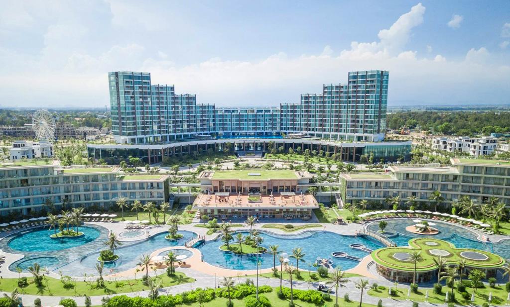 """Hội nghị """"Thời điểm vàng khám phá vẻ đẹp Việt"""" đẩy mạnh kích cầu du lịch nội địa"""