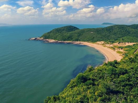 Lang thang khám phá đảo Vĩnh Thực (Quảng Ninh)
