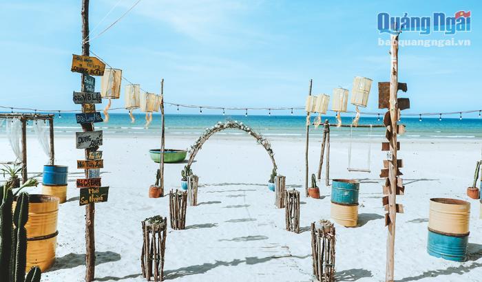 Làm mới những điểm du lịch biển ở Quảng Ngãi