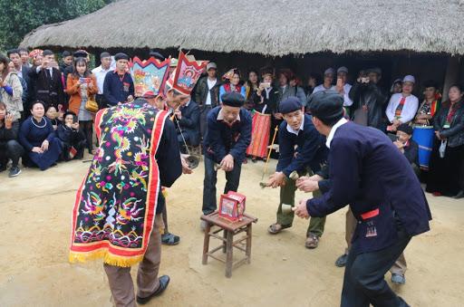 Nhảy múa trong Tết nhảy của người Dao Quần chẹt – Tuyên Quang