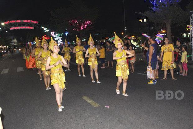 Phố Văn hóa - Nghệ thuật TP Quy Nhơn (Bình Định): Sôi động, thu hút nhiều du khách