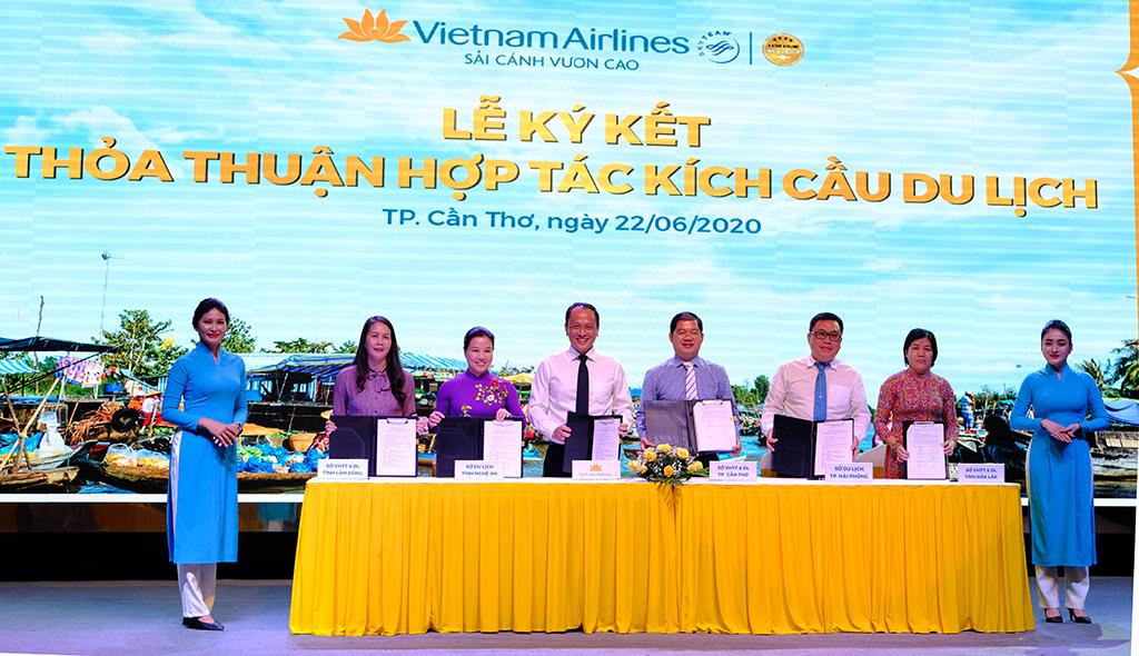 Thúc đẩy liên kết hợp tác du lịch Đồng bằng sông Cửu Long và Vietnam Airlines