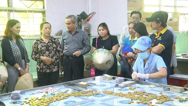 Bến Tre: Khảo sát tiềm năng du lịch huyện Mỏ Cày Nam