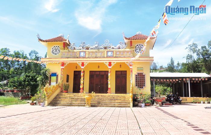 Ngoạn cảnh chùa Linh Tiên (Quảng Ngãi)