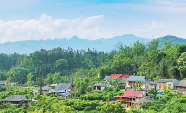 Bắc Hà (Lào Cai) phát triển du lịch bền vững