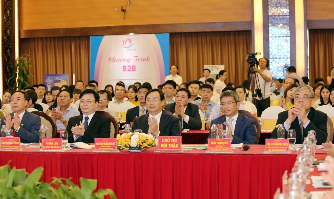 Tổng cục trưởng Nguyễn Trùng Khánh đề nghị Nghệ An đẩy mạnh xúc tiến các thị trường trọng điểm gắn với gói kích cầu du lịch