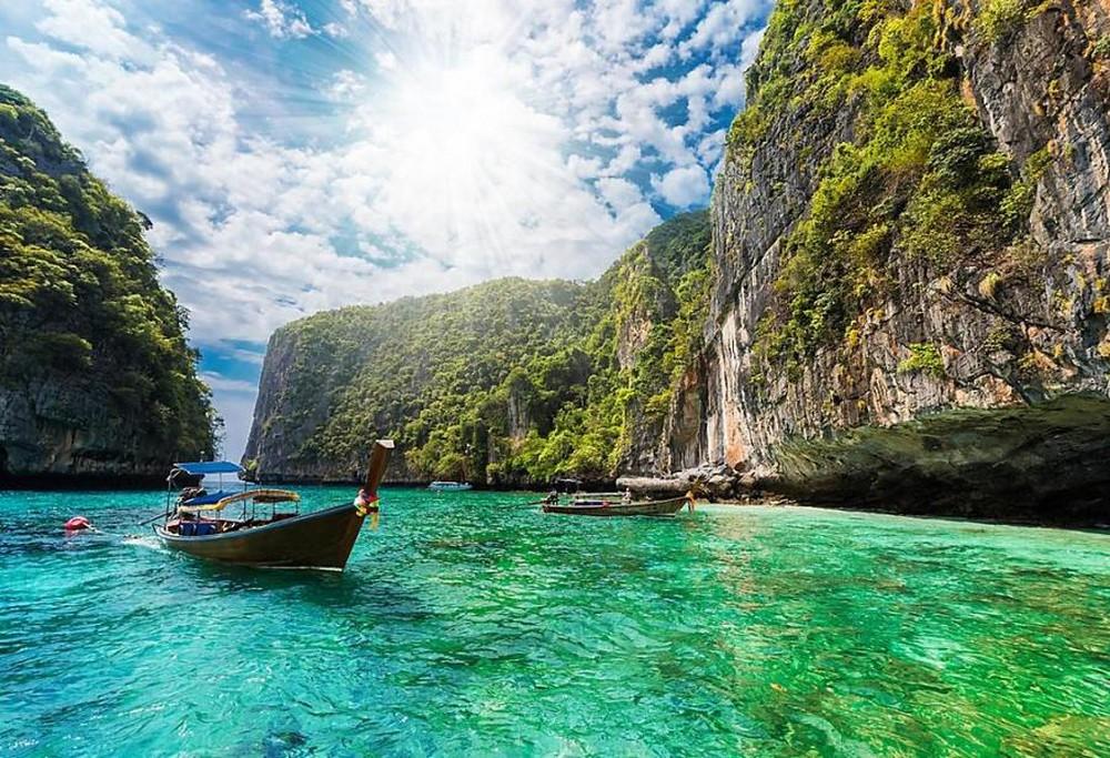 Thái Lan giảm chỉ tiêu đón du khách xuống 10 triệu lượt người