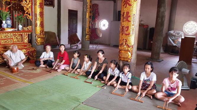 Lan tỏa nét đẹp ca trù Chanh Thôn ở huyện Phú Xuyên - Hà Nội