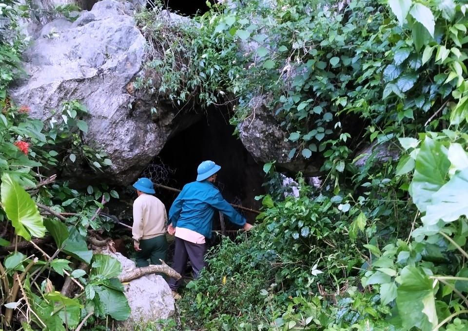 Hang Minh Cầm (Quảng Bình) - nơi lưu giữ nhiều giá trị văn hóa, lịch sử
