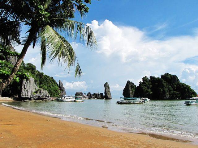 Kiên Giang tiếp tục tạm dừng hoạt động đón khách tại Khu du lịch Chùa Hang - Hòn Phụ Tử