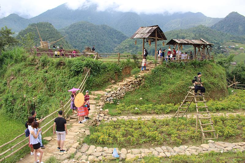 Lào Cai: Miễn, giảm phí tham quan danh lam thắng cảnh, công trình văn hóa trên địa bàn tỉnh