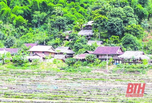Huyện Quan Hóa giữ gìn nhà sàn truyền thống đồng bào Thái, Mường