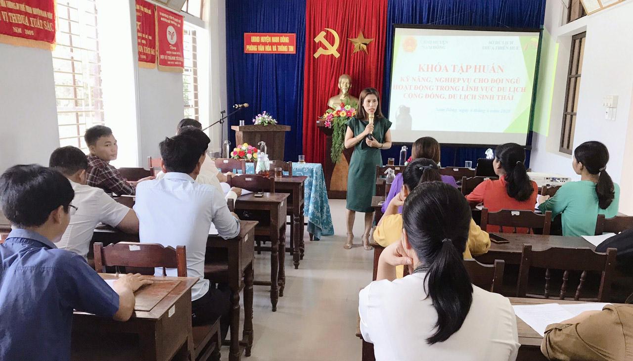 Tập huấn kỹ năng làm du lịch cho người dân ở Nam Đông (Thừa Thiên Huế)
