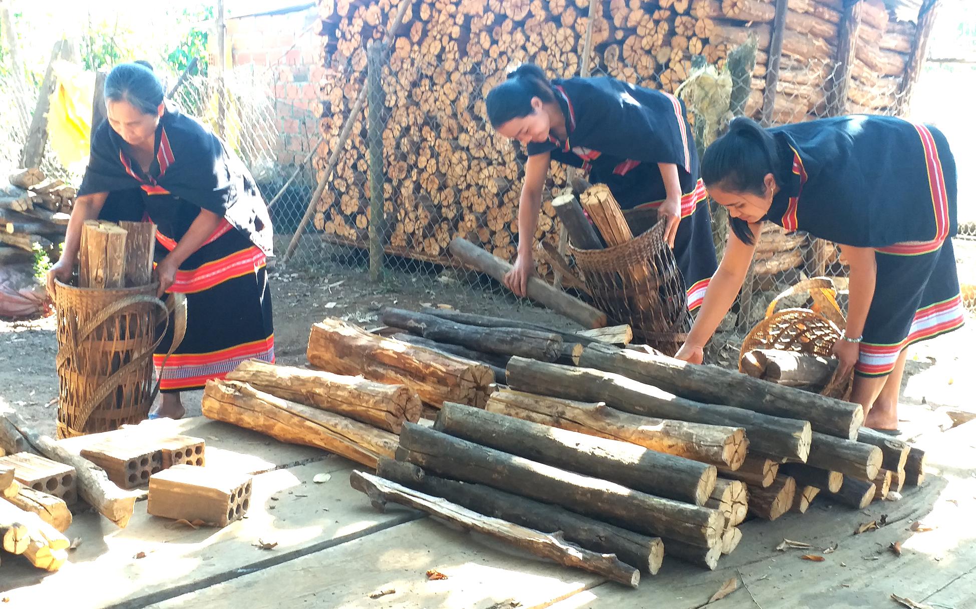 Phong tục cưới của người Triêng ở làng Đăk Răng