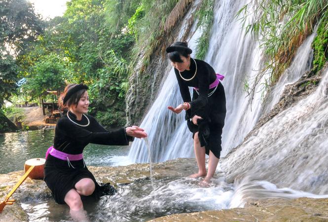 Tuyên Quang: Na Hang hướng tới