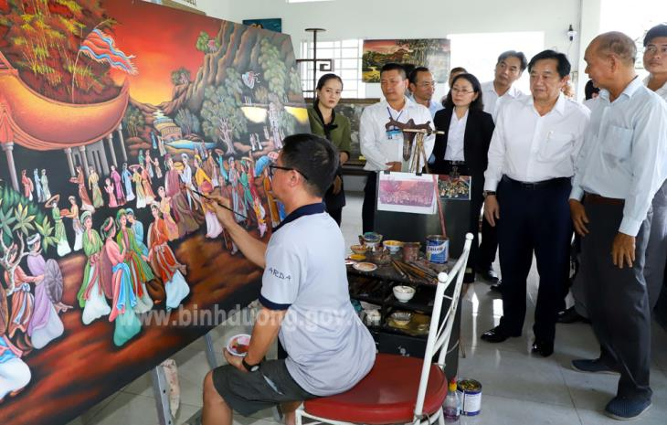 Bình Dương triển khai Đề án bảo tồn và phát triển làng nghề sơn mài Tương Bình Hiệp kết hợp du lịch